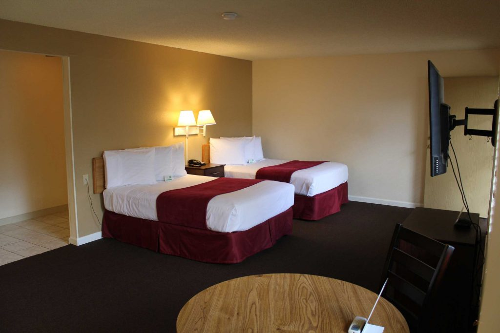 twin room in California suites hotel